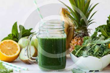 Make Healthy Drinks in Your Kitchen